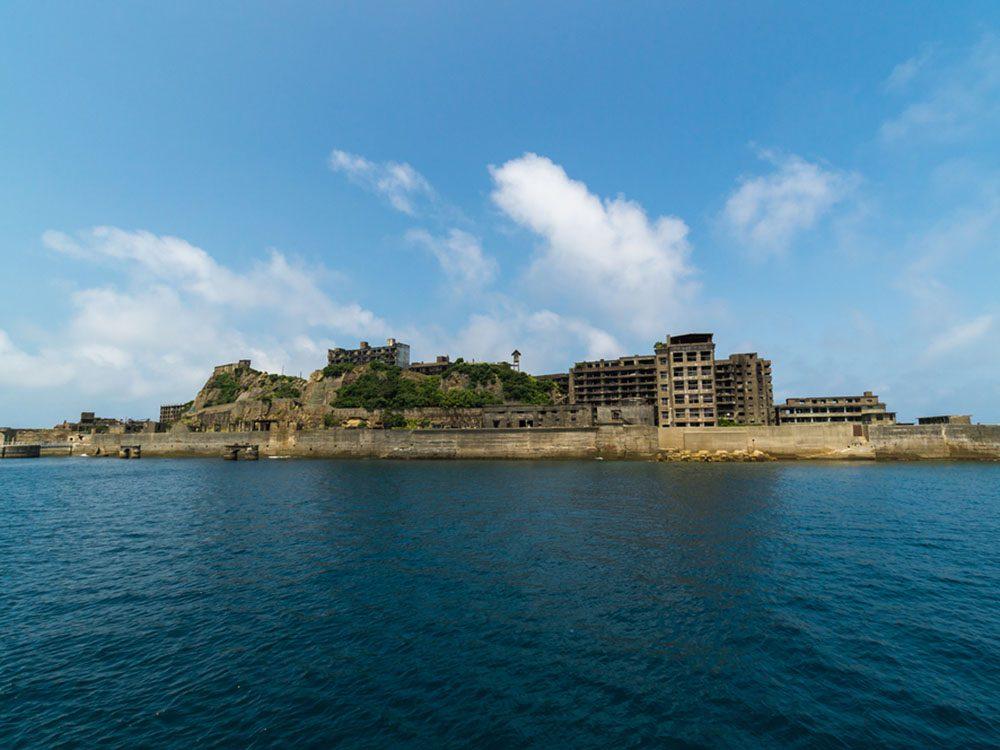 Monuments mystérieux: l'île Hashima au Japon.