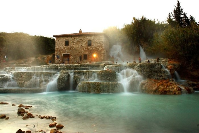 Les thermes de Saturnia en Italie
