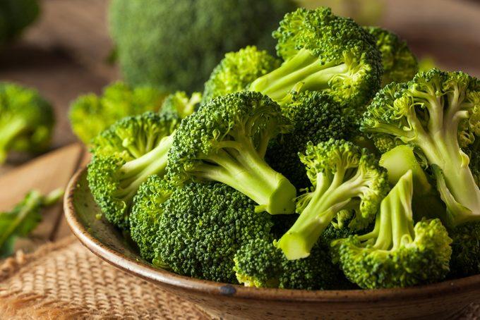 Le brocoli est meilleure pour la santé lorsqu'accompagné par de la moutarde.