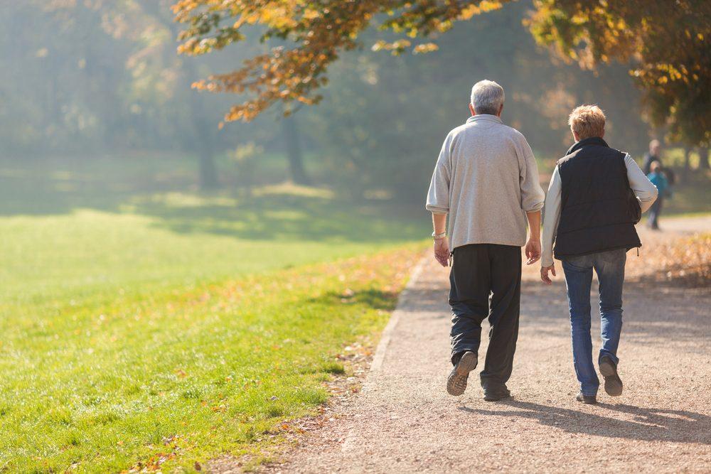 La marche permet de diminuer le risque de cancer.