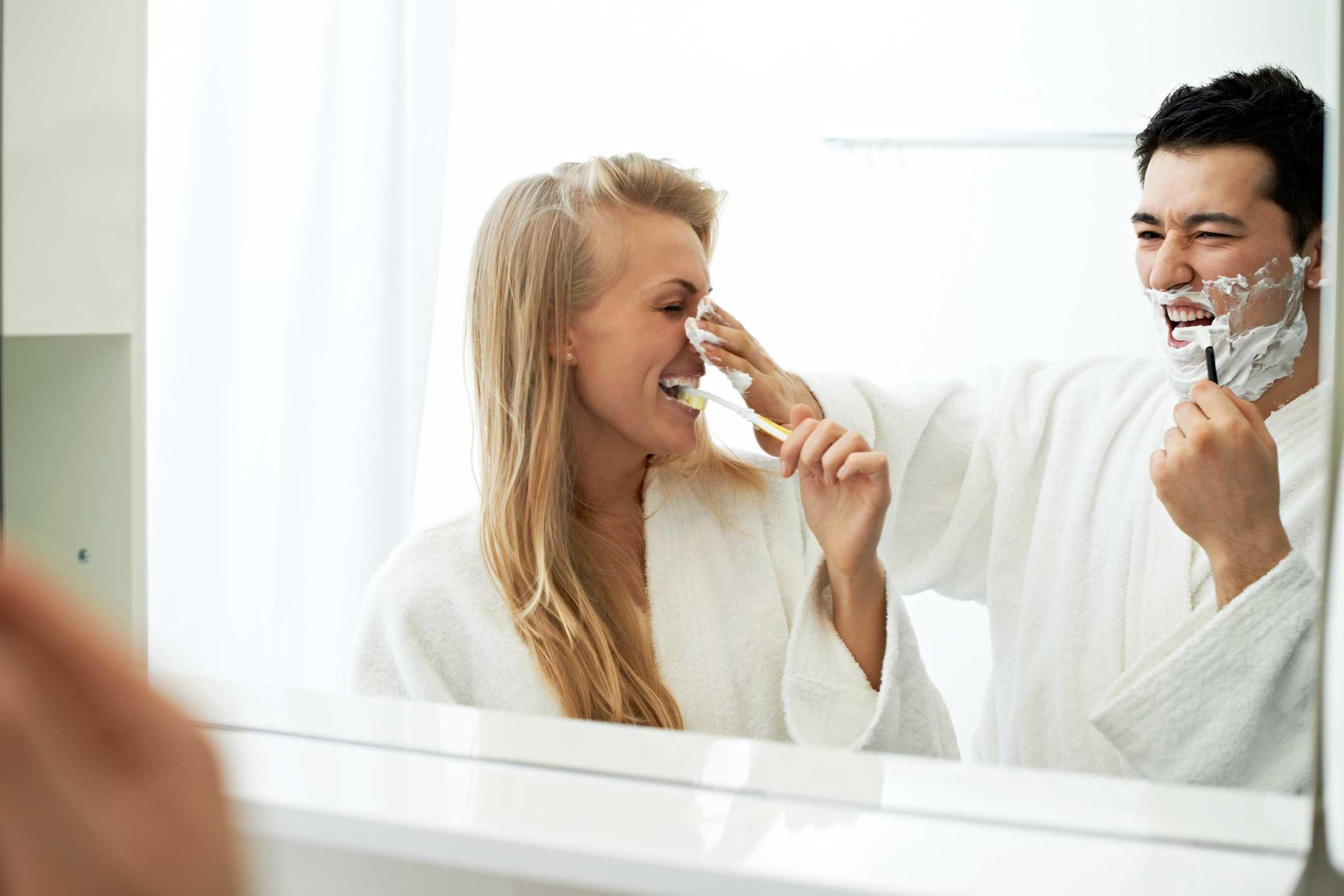 Les disputes à propos de la salle de bain sont normales dans un couple.