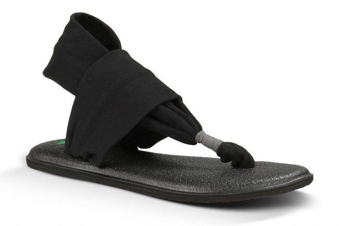 Des sandales yoga confortables signées Sanuk.