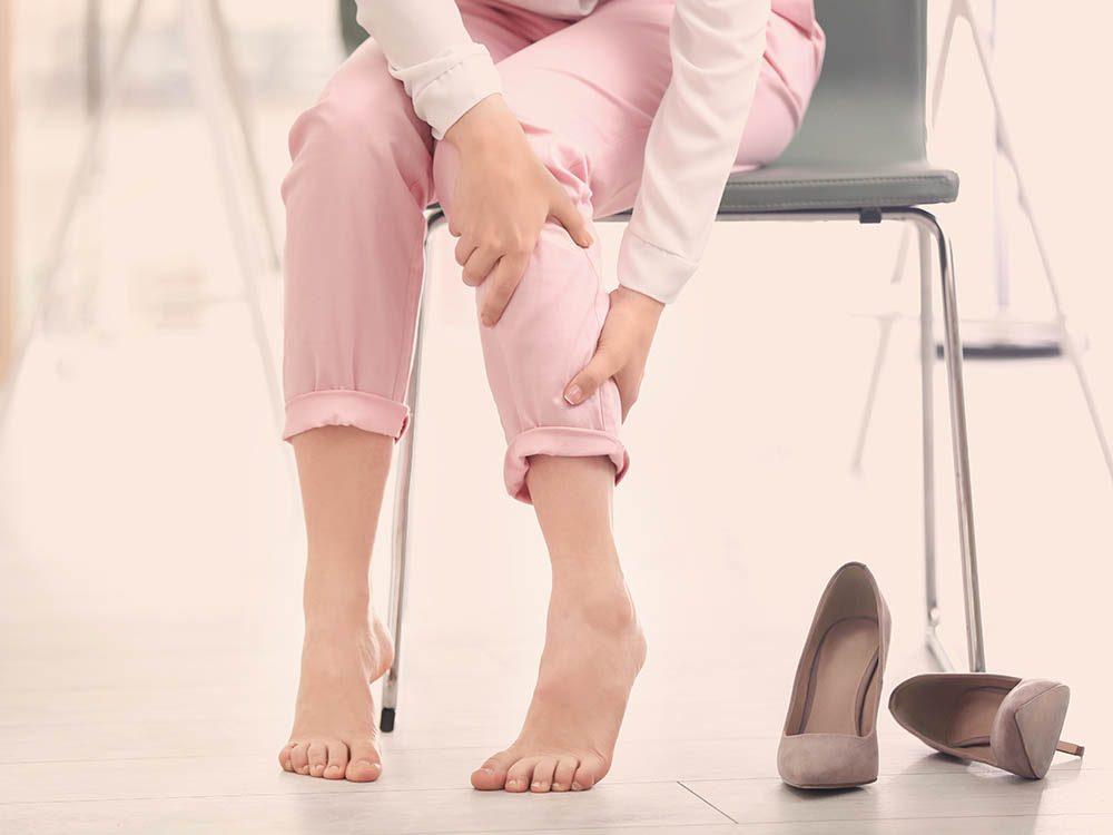 Artères bouchées : une douleur au mollet pourrait être un symptôme.