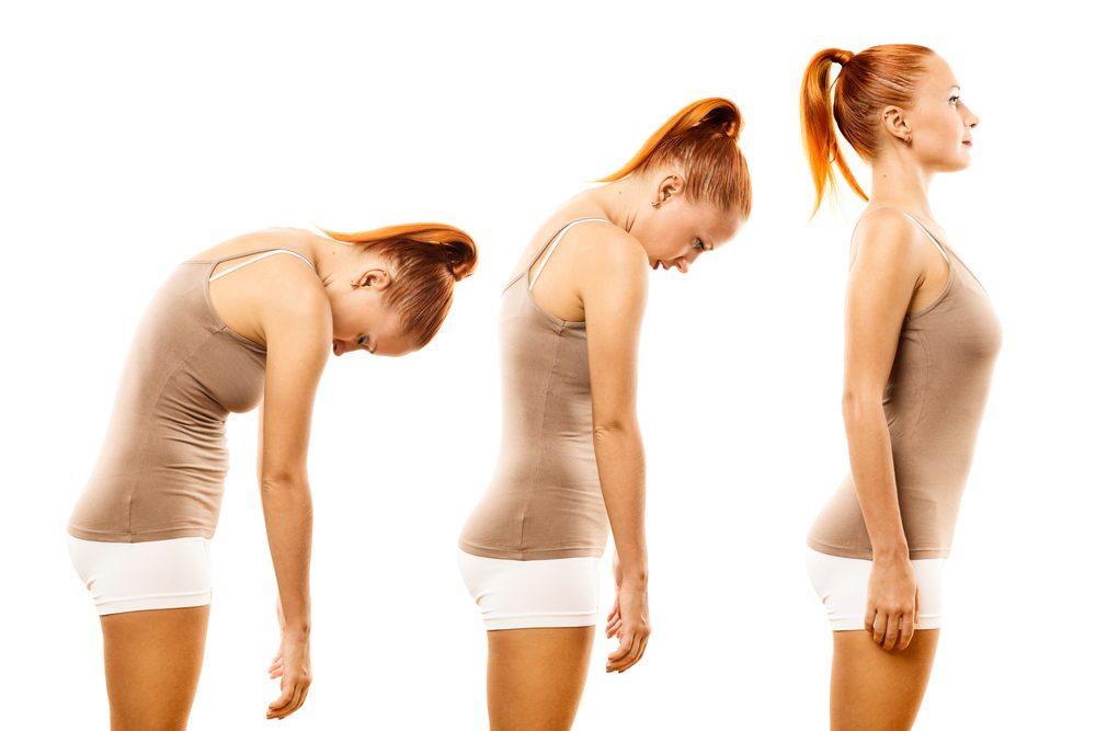 Un ventre plat passe par une bonne posture