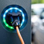 Voitures électriques: le nombre de véhicules augmente et les assureurs offrent des rabais