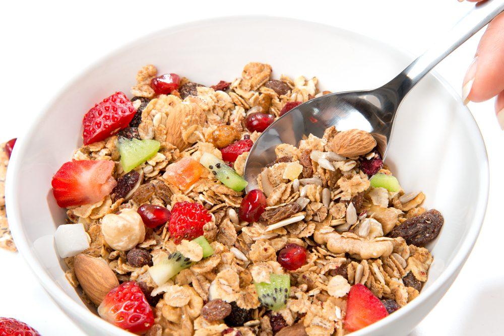 Pour un déjeuner riche en protéines, des céréales santé.