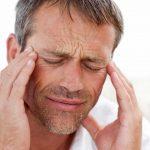 16 signes qui pourraient indiquer que vos maux de tête cachent quelque chose de plus grave