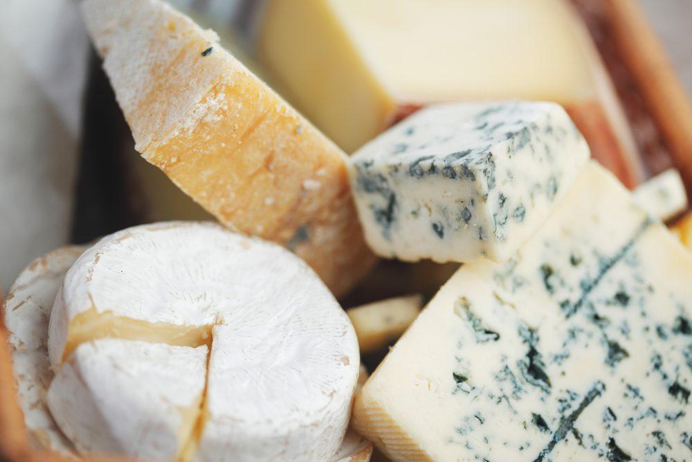 Le coût des fromages en épicerie.