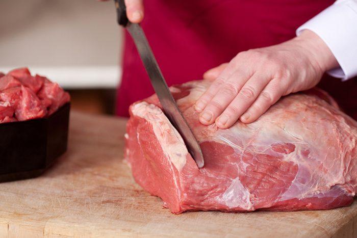 Achetez votre viande et demandez de la faire couper.