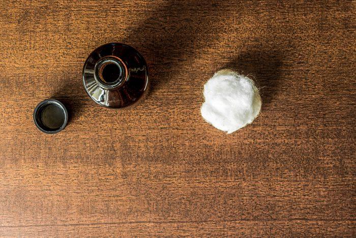 Nettoyez les taches de sang avec de l'ammoniaque