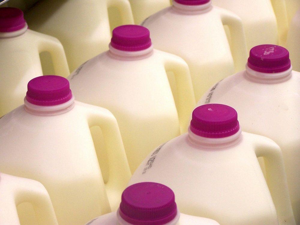 L'emplacement des produits laitiers dans l'épicerie.