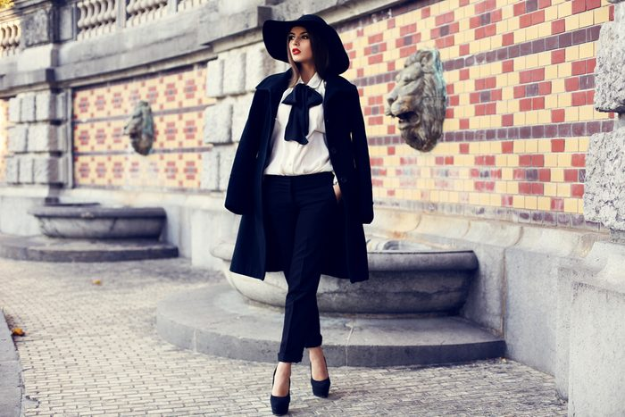 Rentrez votre chemisier pour un look luxueux