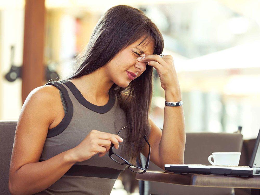 Vous avez souvent des maux de tête à cause du stress.