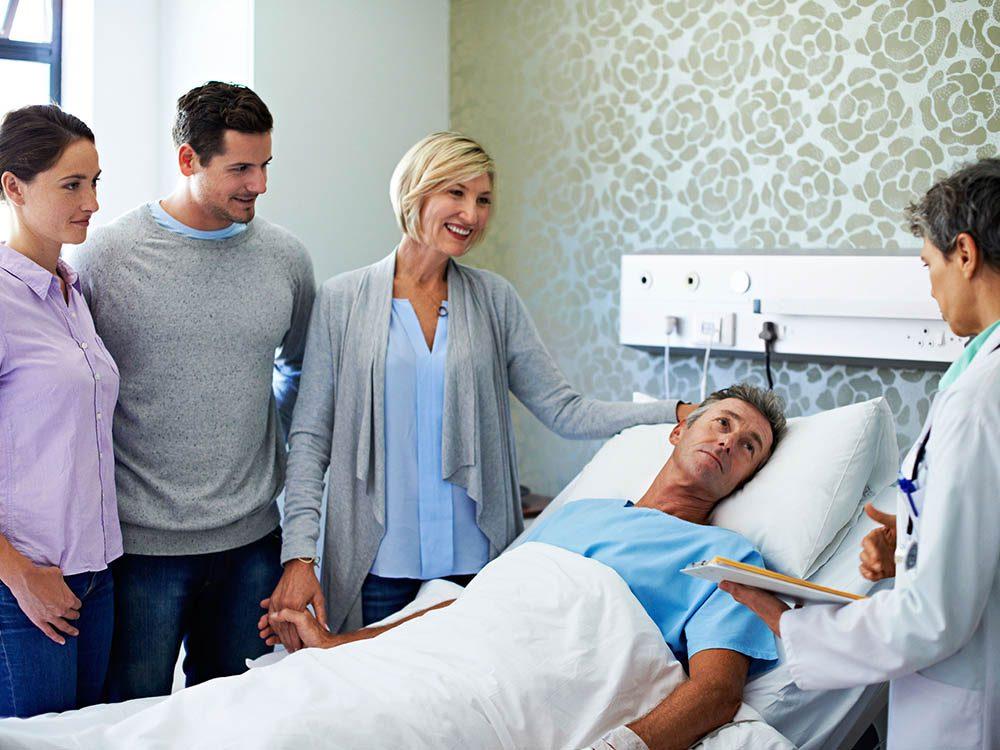 Secret de chirurgien: faites-vous accompagner par un proche lors de votre rencontre préopératoire.