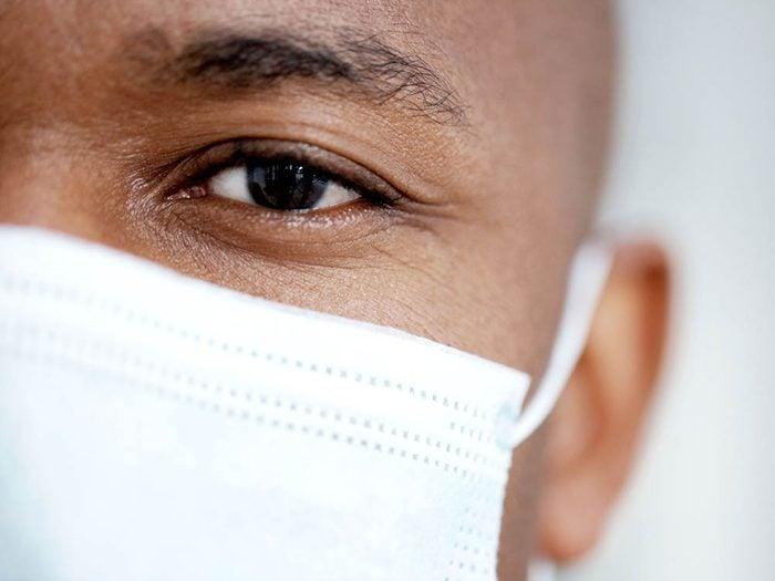 Les chirurgiens sont des maniaques du contrôle.