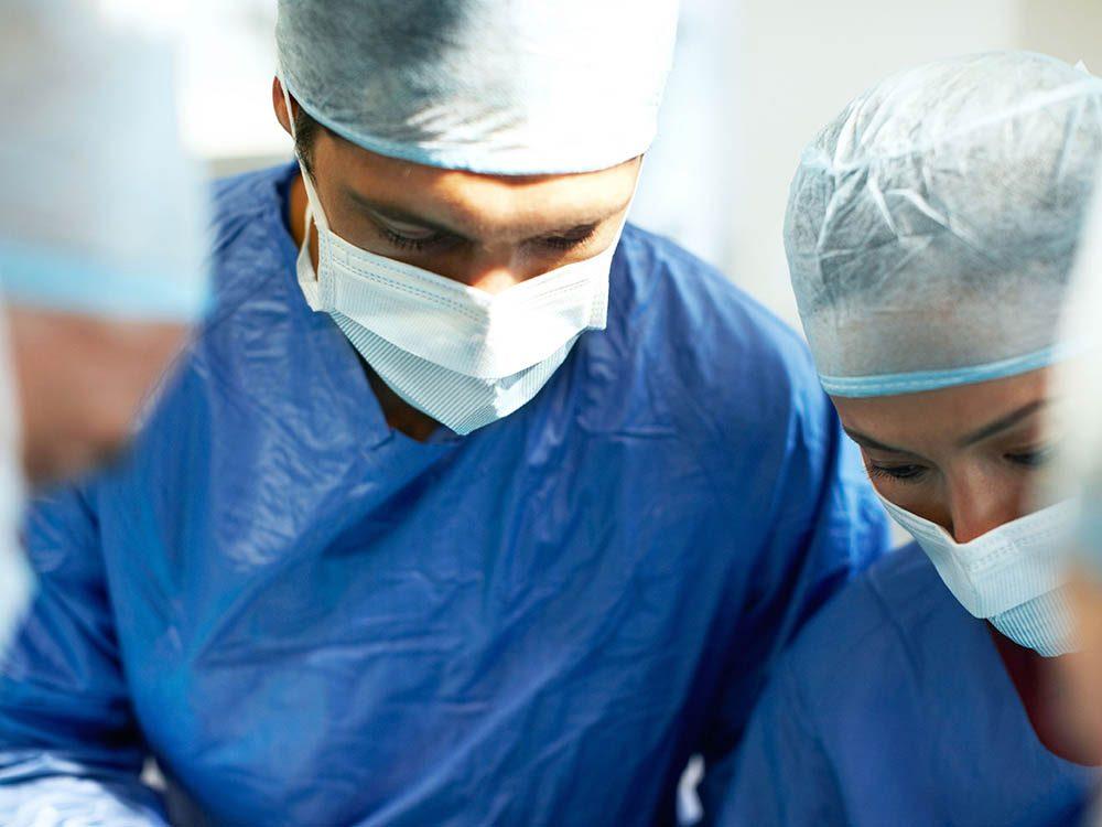 Demandez au chirurgien quel est le taux de complication.