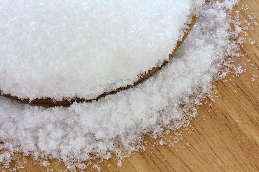 Truc maison pour la corne sous vos pieds: du sel d'Epsom.