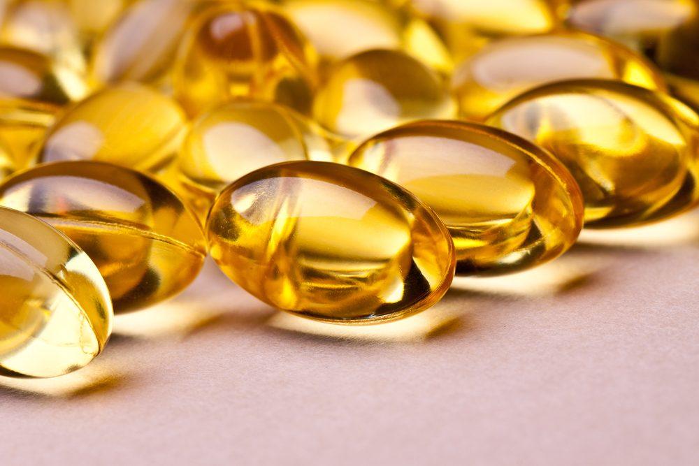 Pour guérir la corne sous vos pieds, essayez la vitamine A ou la vitamine E.