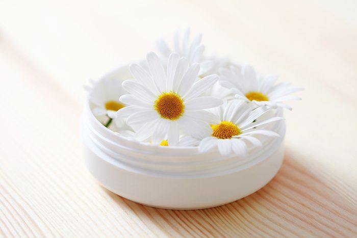 Une lotion a base de camomille pour soulager les irritations