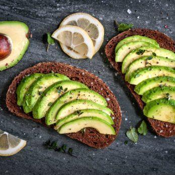 Avocat: 13 puissants bienfaits et vertus de ce fruit santé