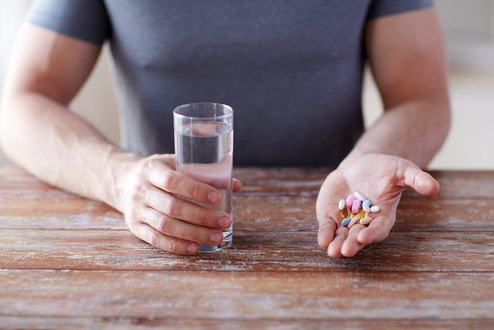 Vitamines et suppléments alimentaires: qui doit en prendre?