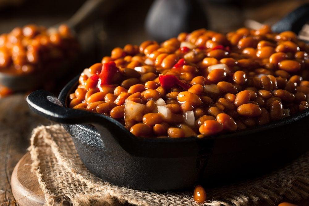 Les noix et haricots peuvent causer des flatulences et maux de ventre.