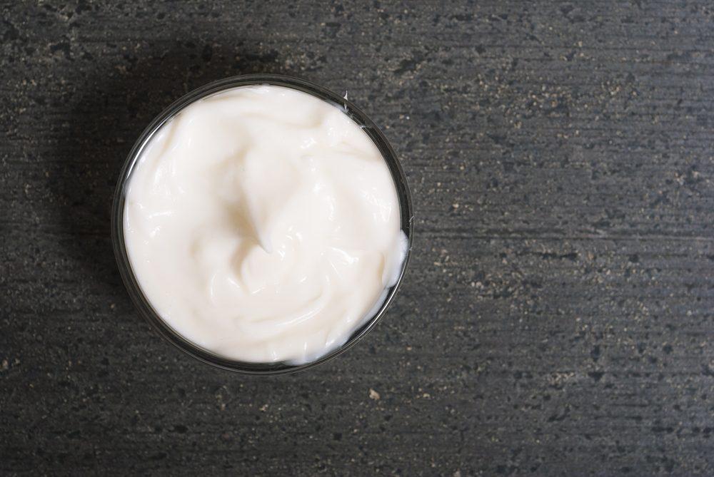 Des pommades et des crèmes pour soulager les démangeaisons.