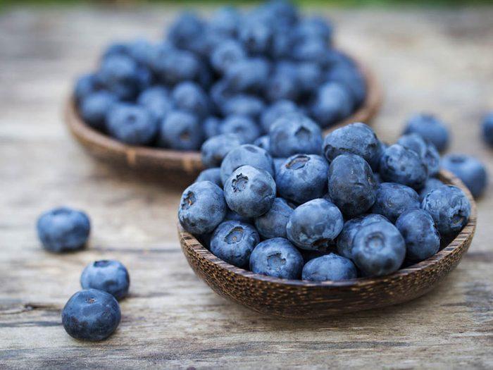 Pour avoir un ventre plat, consommez des bleuets.