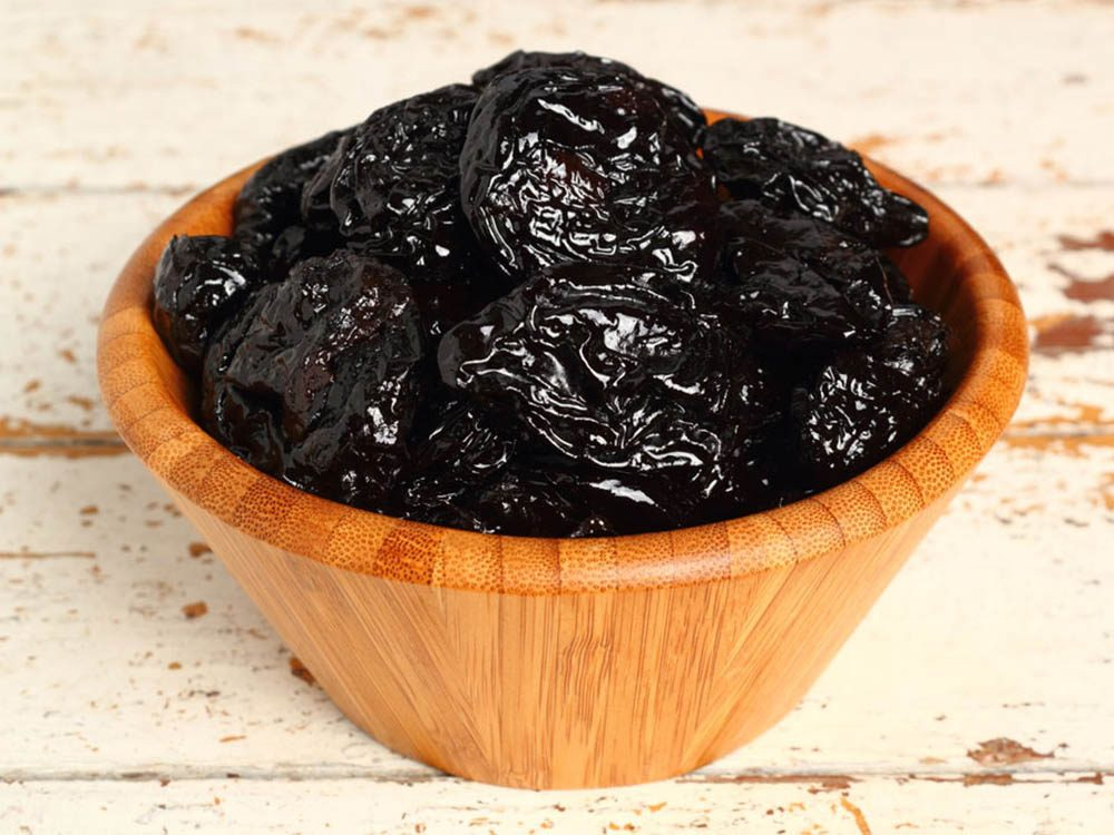 Pour avoir un ventre plat, consommez des pruneaux séchés.