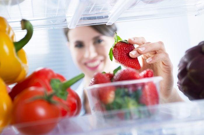 Du vinaigre pour laver le réfrigérateur.