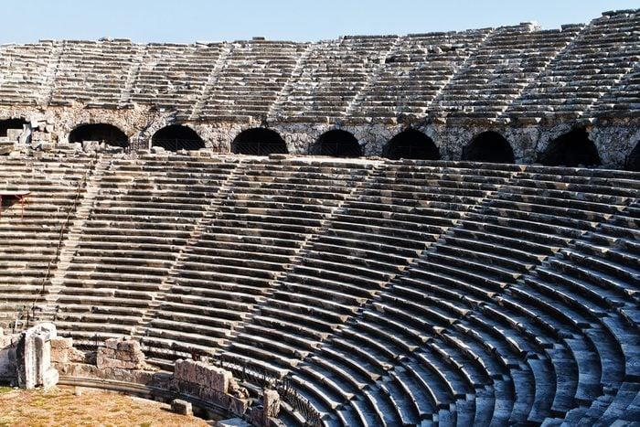 La vérité sur les vomitoires romains