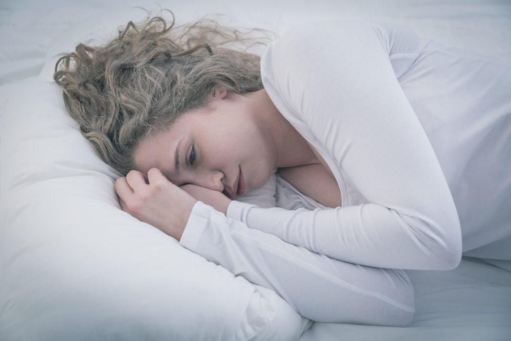 Un teint pâle, symptôme de la leucémie.