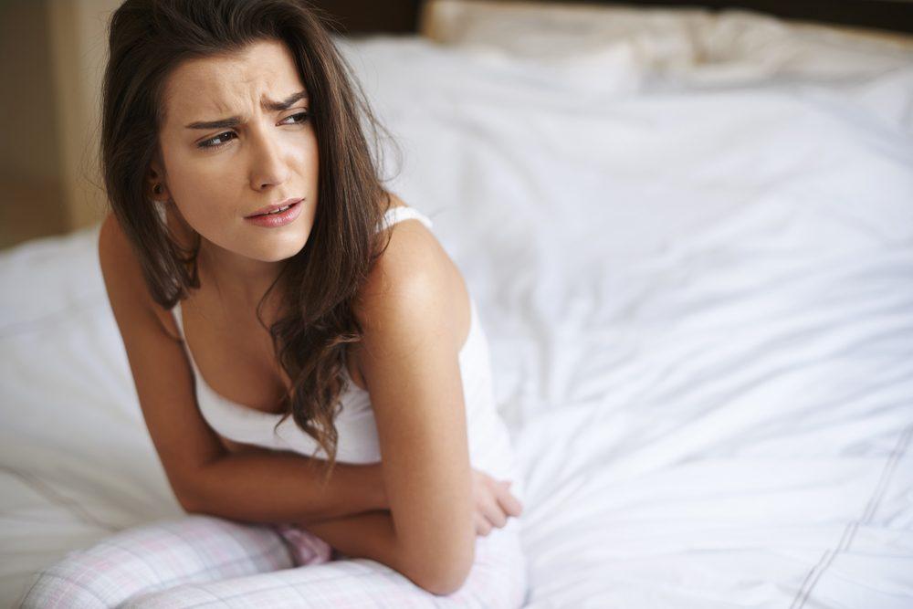 Les maux d'estomac sont un signe de la dépression nerveuse