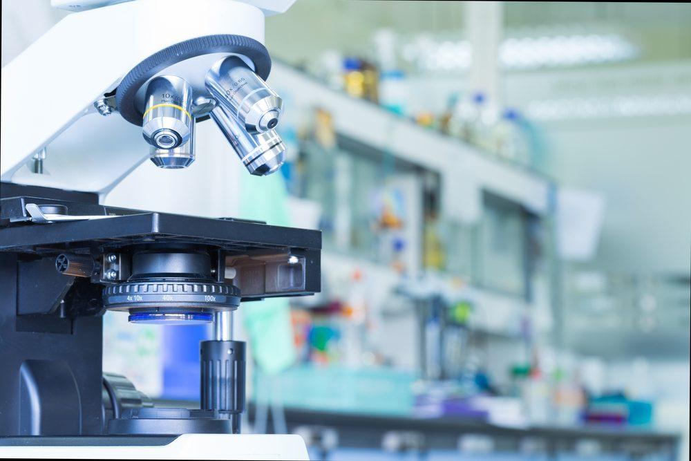 Quels sont les signes précurseurs et symptômes d'une leucémie?