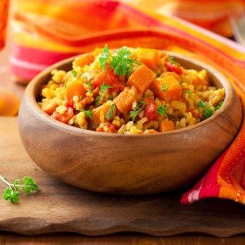 Poulet à l'orange sur couscous marocain