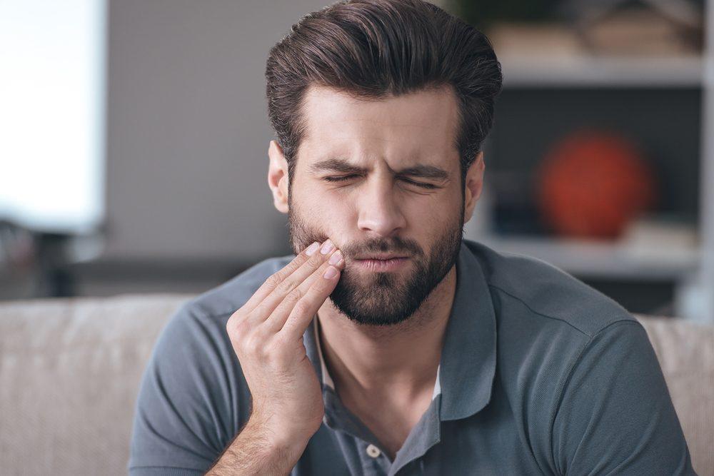 Attention à la douleur ressentie au niveau des dents.