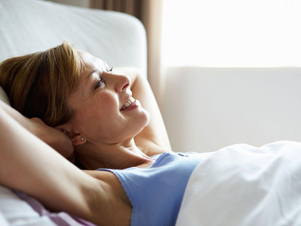Pour une peau jeune et en santé, dormez suffisamment.