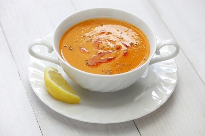 Une recette de potage de lentilles au citron