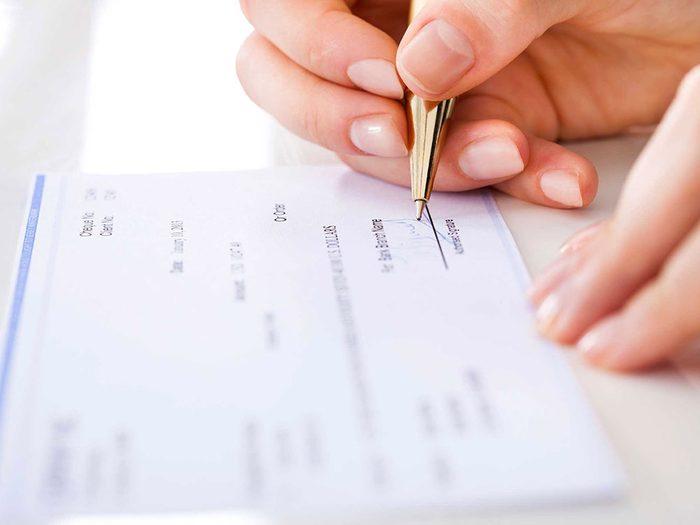 Ne mettez pas votre carnet de chèques dans votre sac à main.