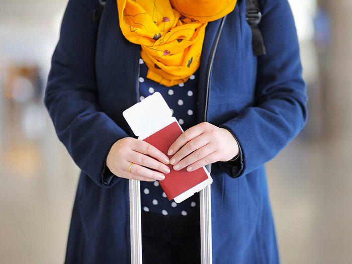 Ne mettez pas votre passeport dans votre sac à main.