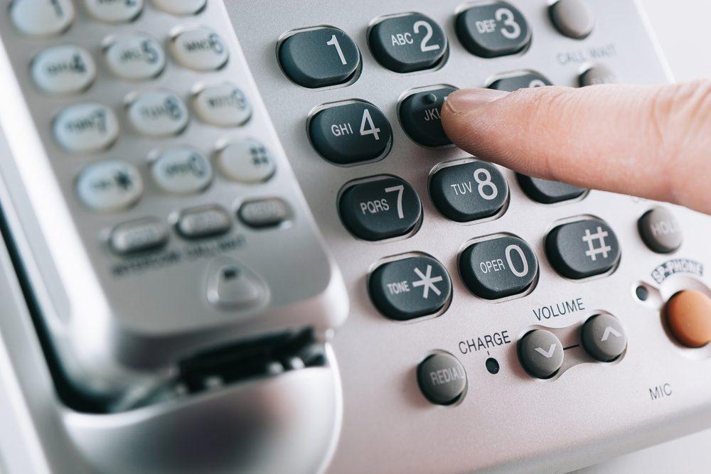 Politesse et étiquette: Restez professionnel au téléphone.