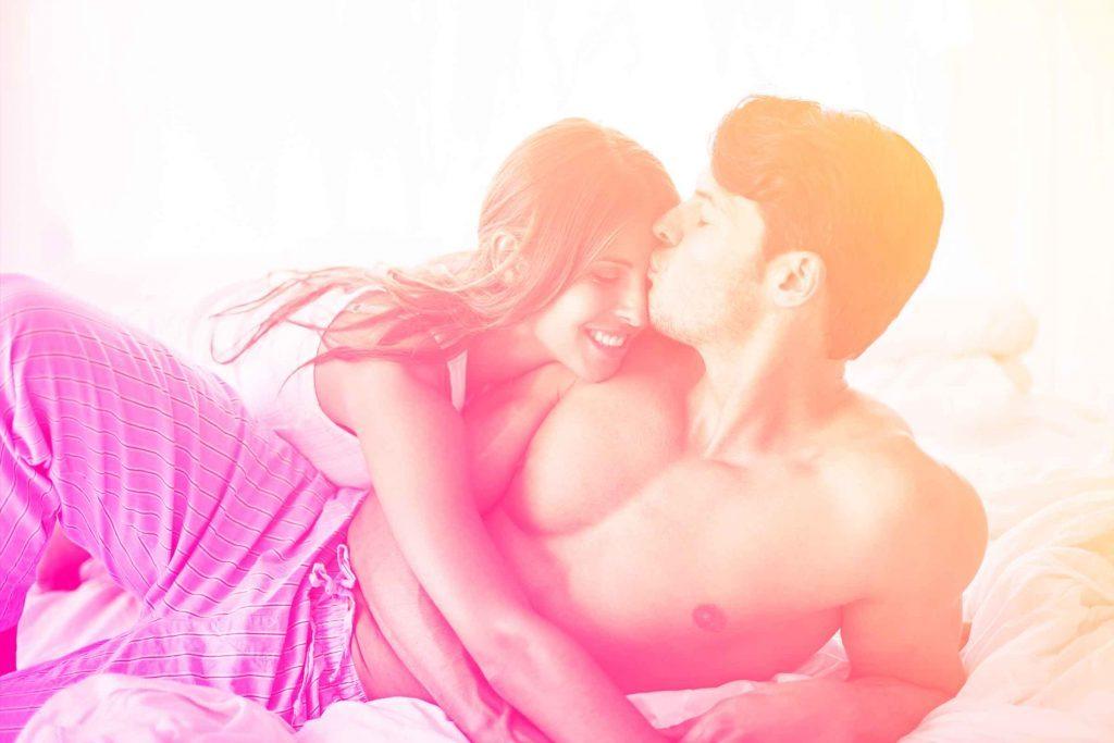 Votre amoureux et bon à marier: le fait de parler de sexualité protégée est signe qu'il s'agit d'un bon partenaire.