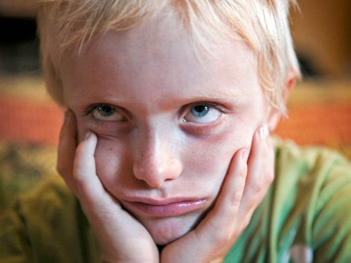 Symptôme de l'apnée du sommeil: Votre enfant pique des crises.