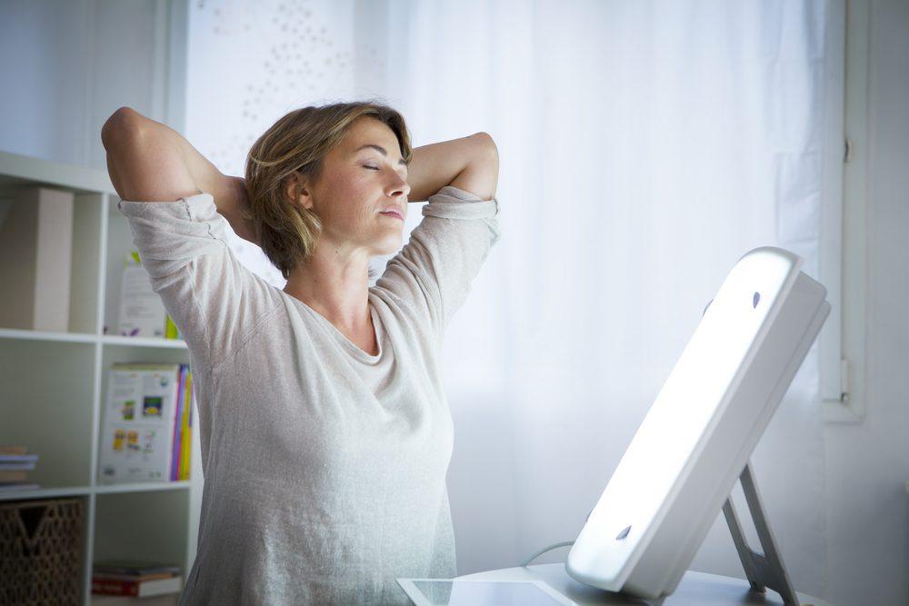 La luminothérapie aide à combattre la dépression saisonnière