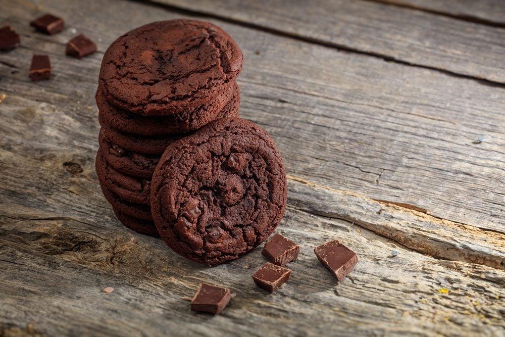 Des biscuits meringue au chocolat santé et faibles en calories