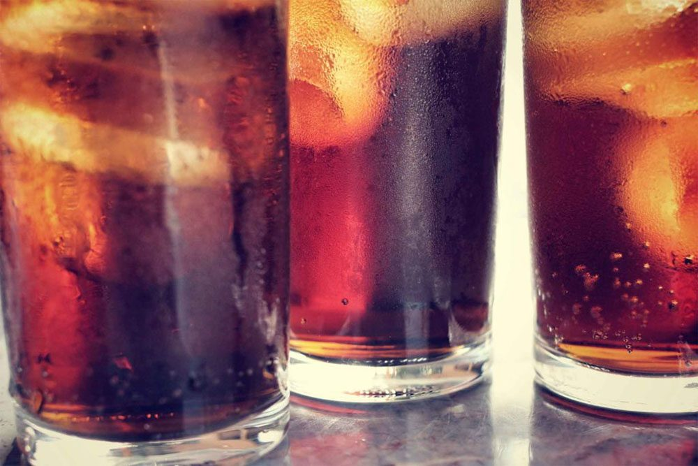 Une fringale de cola peut indiquer une dépendance à la caféine.