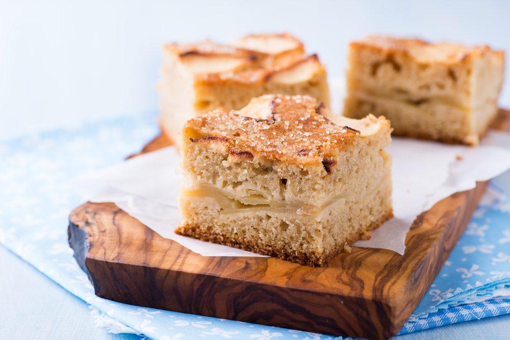 Un gâteau aux pommes et muesli