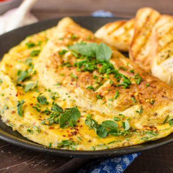Omelette fourrée au cresson