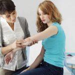 Souffrez-vous de psoriasis et de douleurs articulaires? Vous pourriez être à risque.