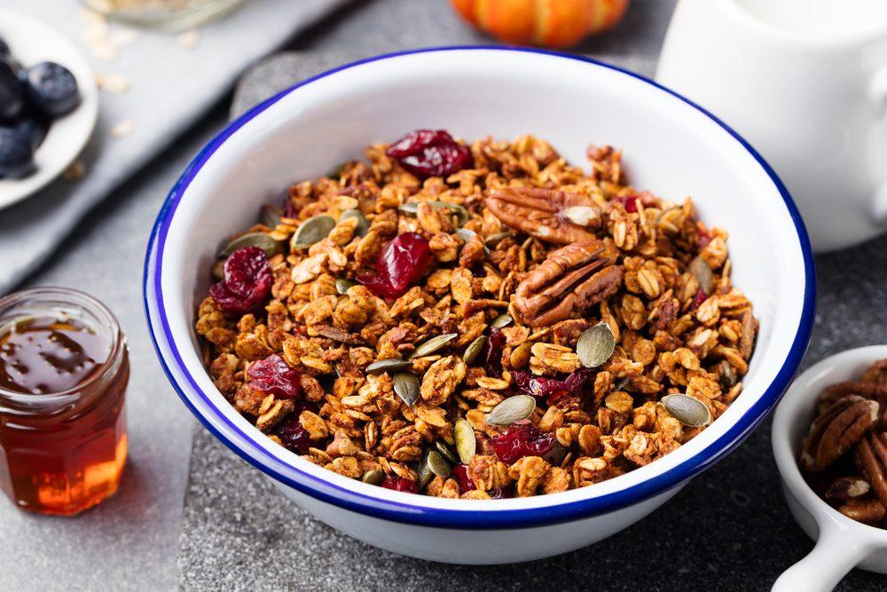 Une recette de granola à l'érable minceur